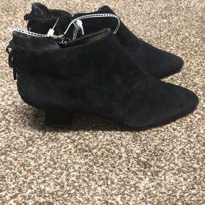 phyllis poland Shoes - Phyllis by Phyllis Poland black ankle boots sz 7.5